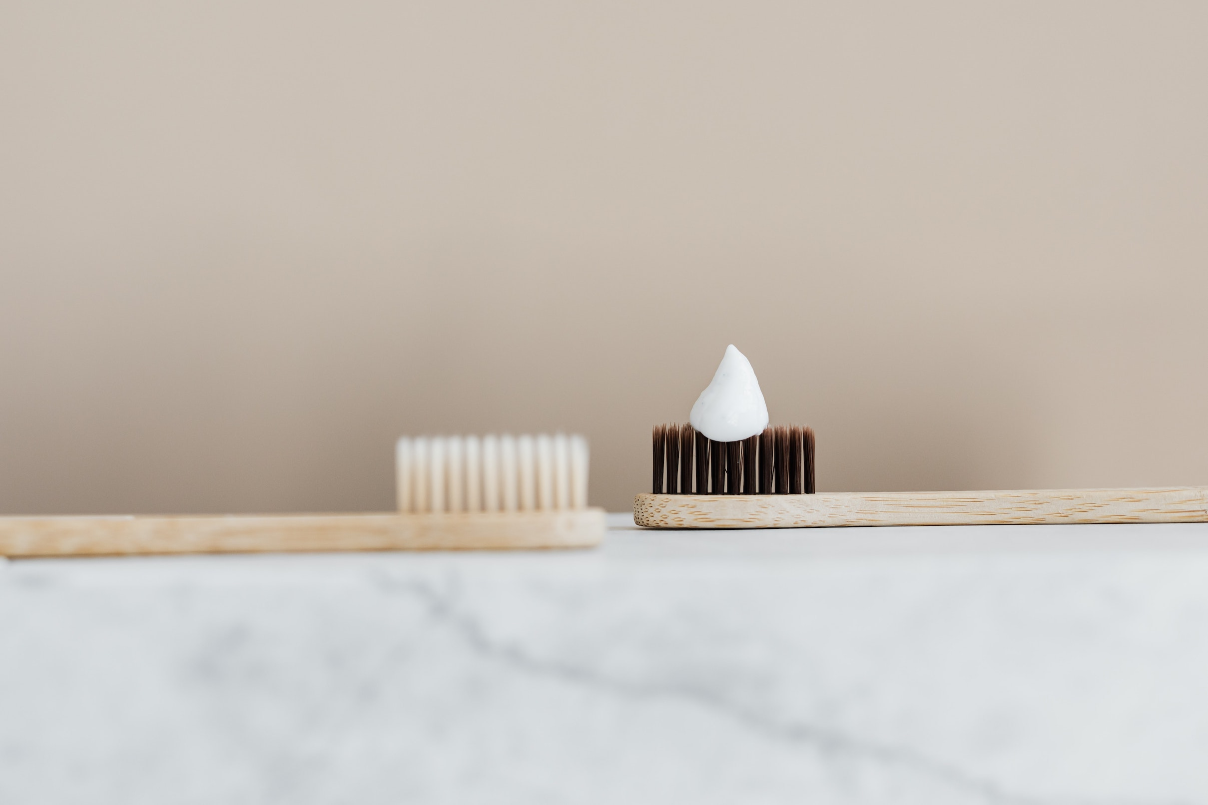 how to choose teeth whitening products